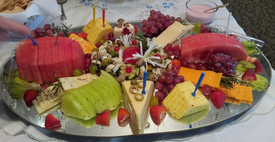 fruit and cheese tray wedding food