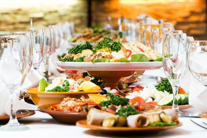 2020 Wedding Reception Food Trends: What's Hot, What's Not